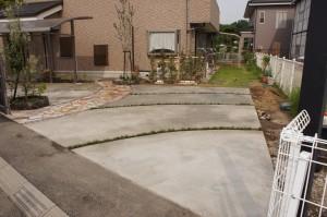 波紋の駐車場