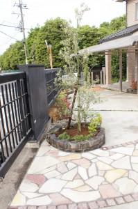 植栽・レトロレンガ花壇