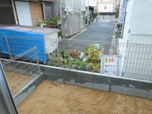 裏庭造園目かくし植栽